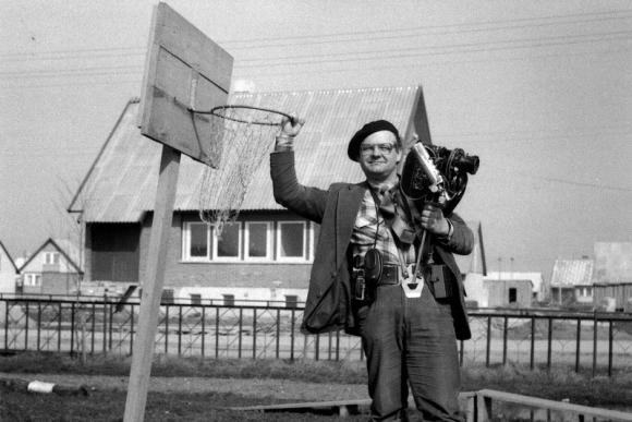 """Algirdas Tarvydas Pasvalio rajono kolūkyje """"Pavasaris"""", 1985"""