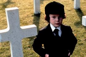 """Ženklas"", rež. Richard Donner, 1976"